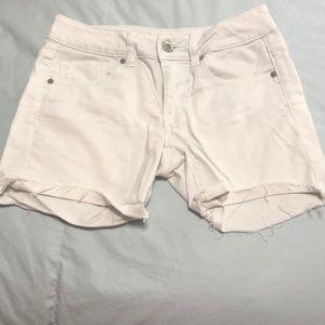 American Eagle shorts 😊